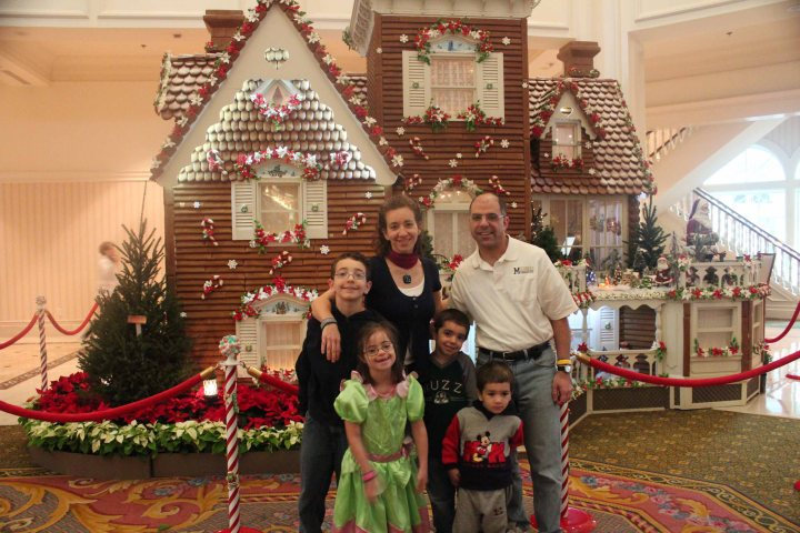 Blog-Floridian gingerbread house
