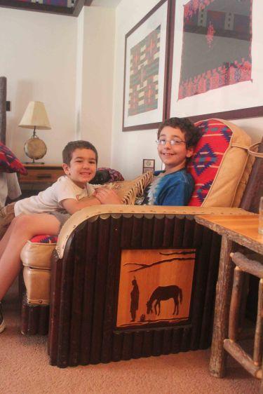 blog hotel chair