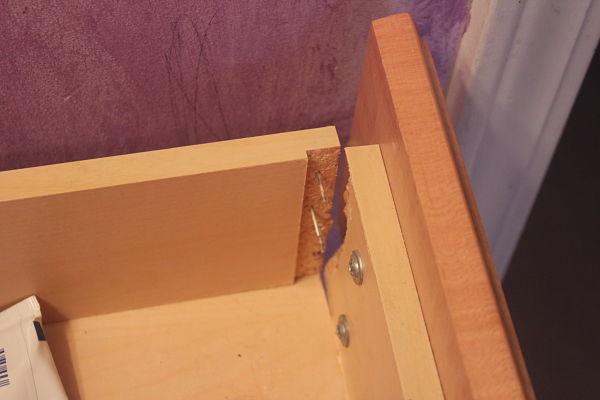 broken-drawer