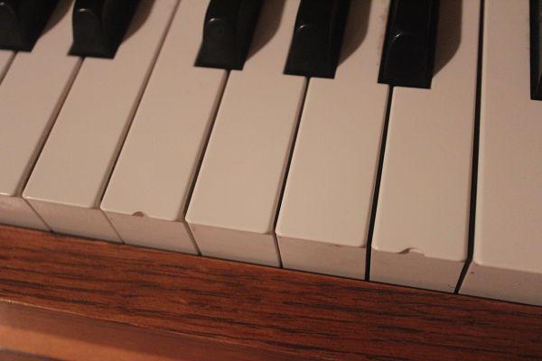 chipped-keys